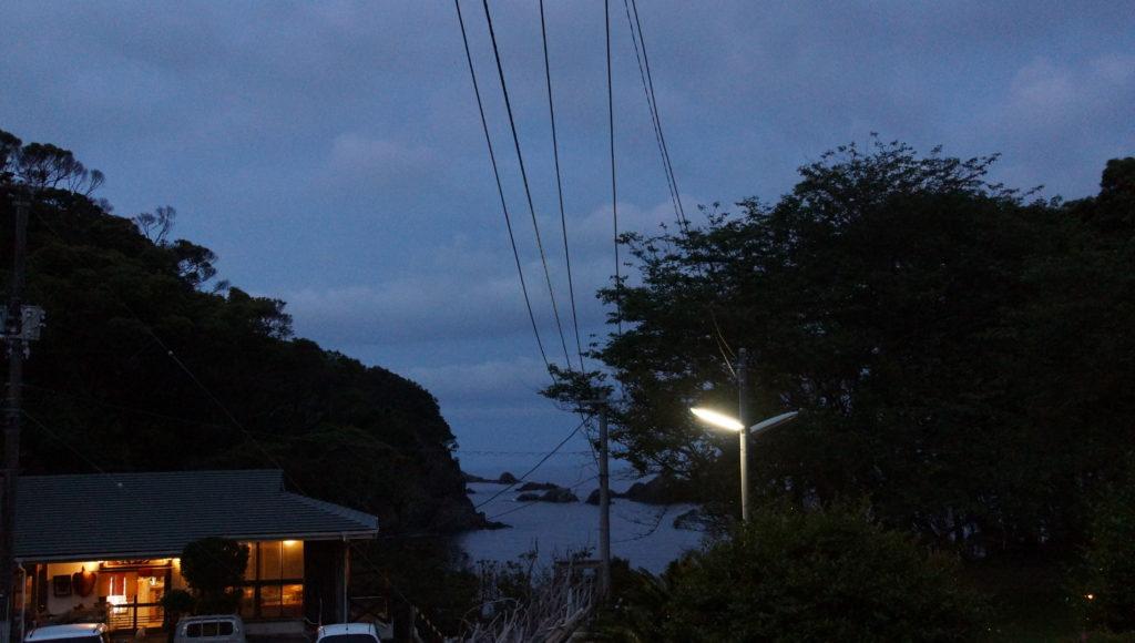 テントサイトから海が見える